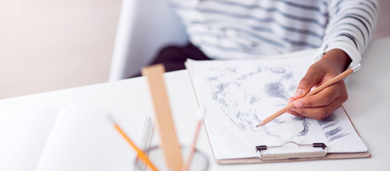 えがこう!は「描く」ことをベースに、 <p>仕事に活かせる新たな知覚と気づきを促すプログラムを提供していきます